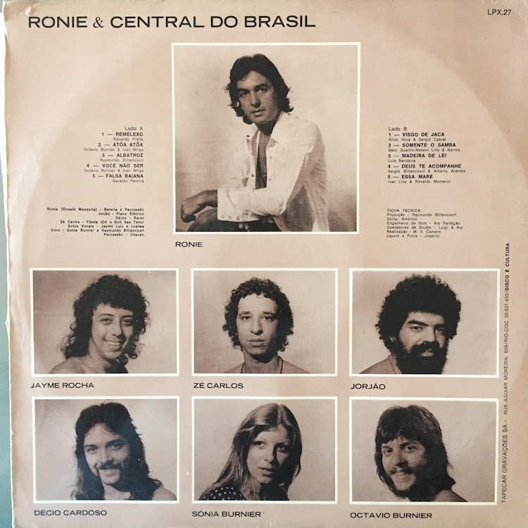 Full ronie central back