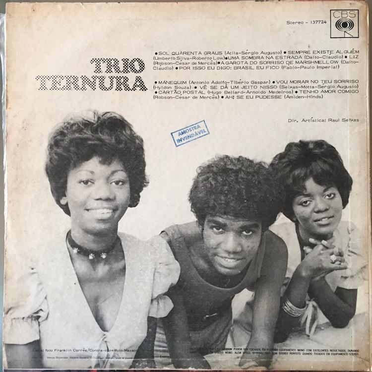 Full trio ternura st back